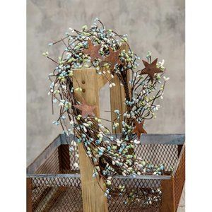 """Seabreeze Pip Berry 40"""" Garland With Stars"""